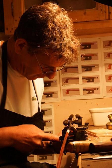 Un luthier archetier à Orléans | Denis Caban