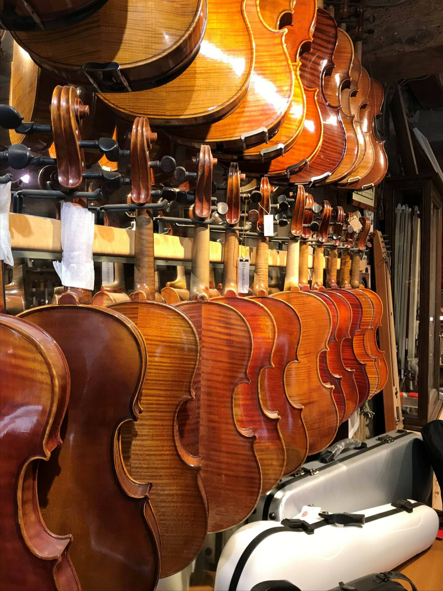 Vente et location de violons de tous niveaux à Orléans   Denis Caban
