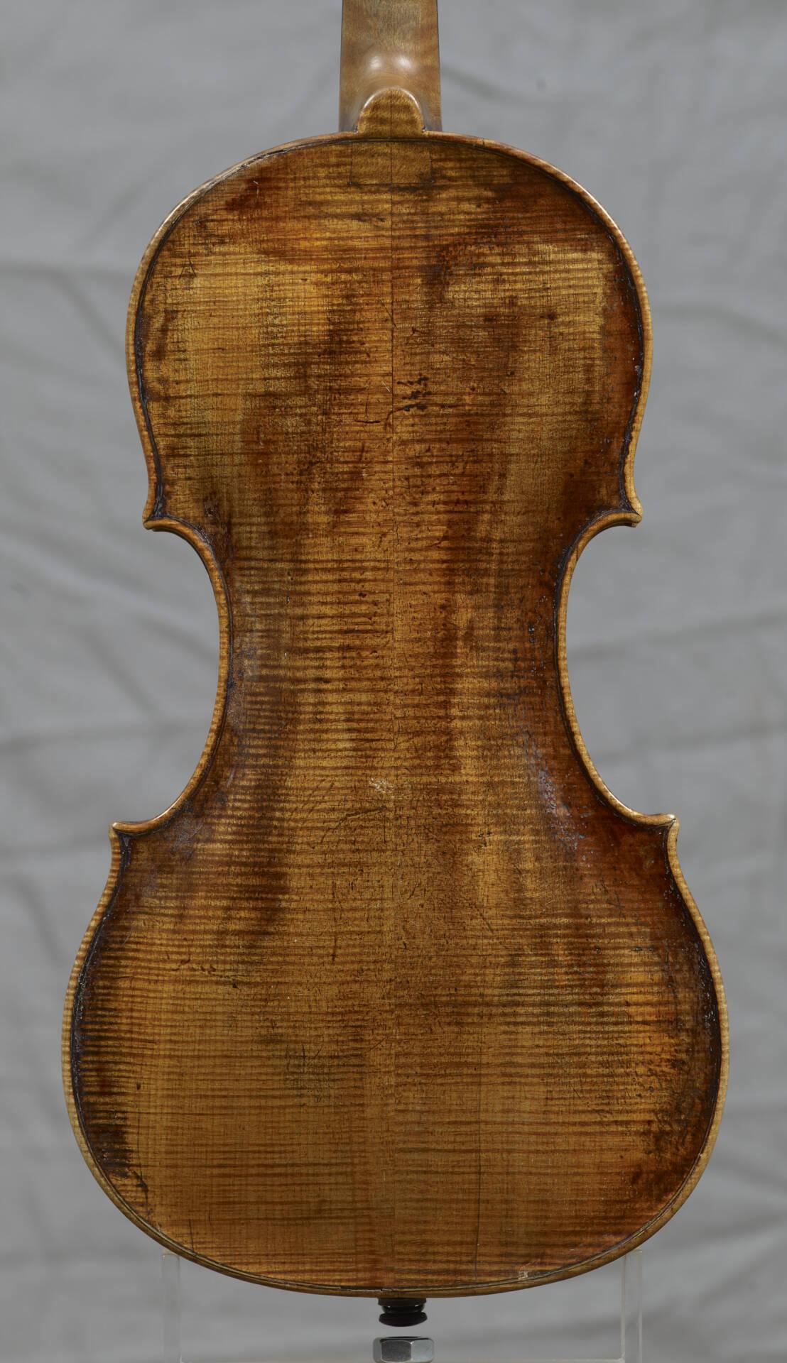 Violon Famille Kloz- Vers 1880- Fond.